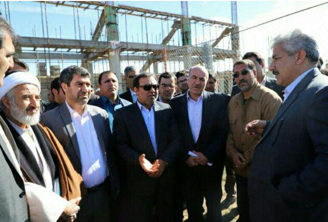 اجرای ۶ پروژه در مجموعه ورزشی «آزادی» شهرستان کوهدشت /پروژه ها سال ۹۸  به بهره برداری می رسند