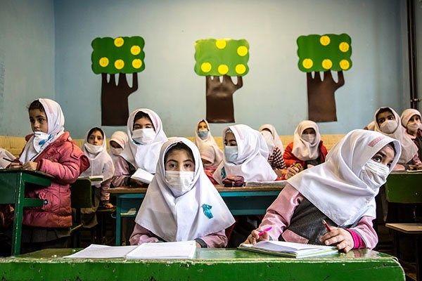 تشکیل کارگروه مقابله با آنفولانزا در مدارس کشور/ نیازی به تعطیلی مدارس نیست