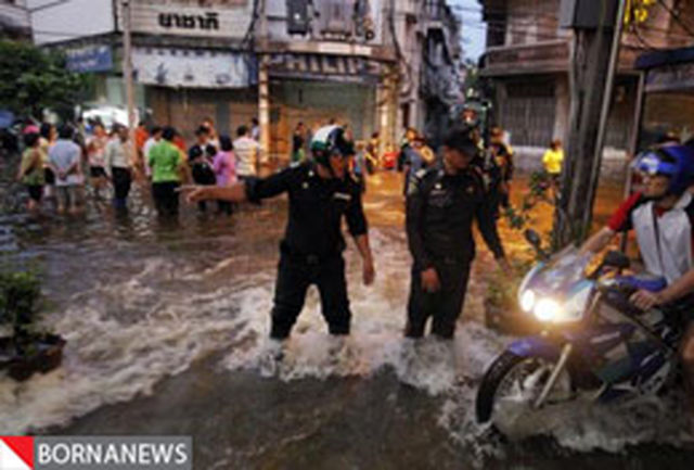 گزارش تصویری؛ هزاران نفر از مردم در حال خروج از بانکوک هستند