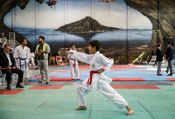 مسابقات کاراته قهرمانی فارس