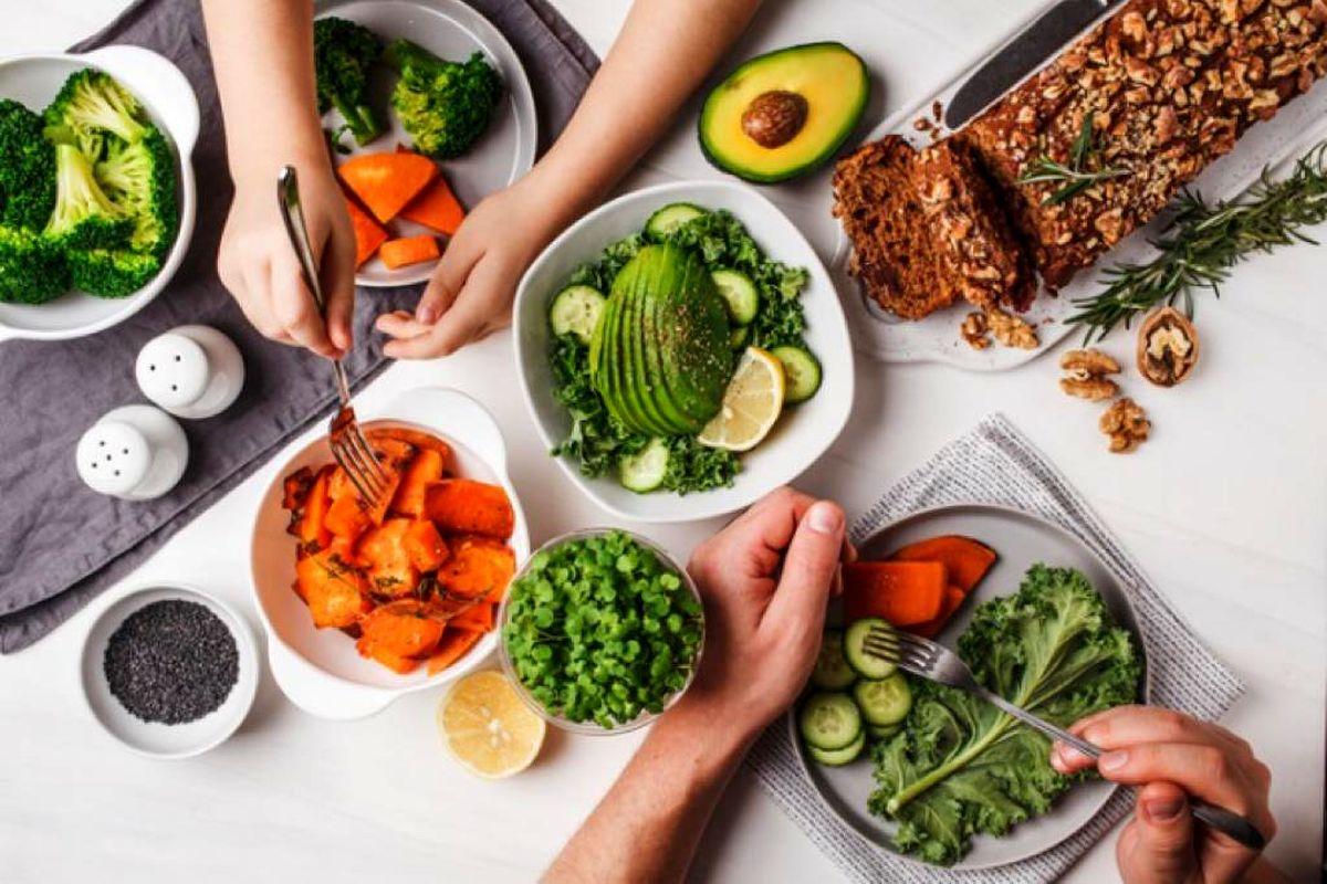 مهار کرونا با رژیم غذایی مناسب