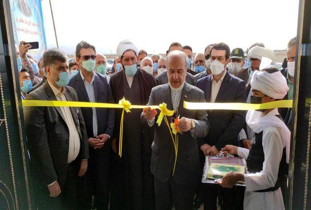 آیین افتتاح و بهره برداری از سالن ورزشی چند منظوره شهید نوری طاهری دوست آباد سرایان