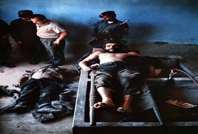 پایان مبارزات ارنستو چه گوارا به روایت «عکس های تکان دهنده»