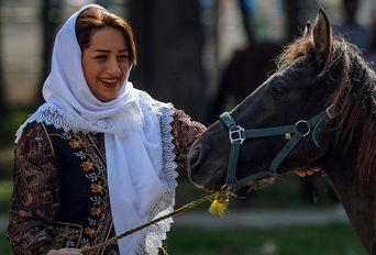 جشنواره اسب کاسپین بزرگداشت لوئیز فیروز
