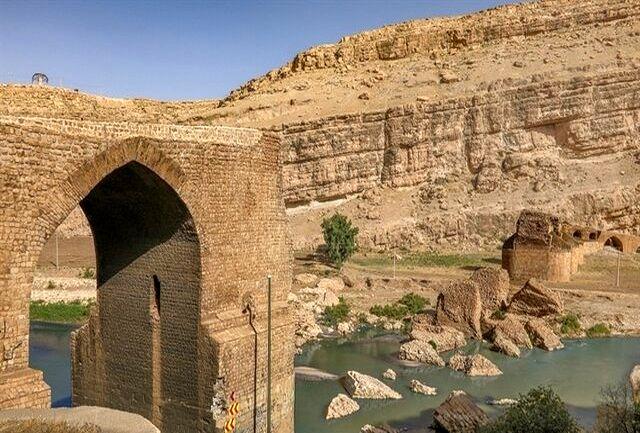 پایان عملیات مرمت پل باستانی پلدختر