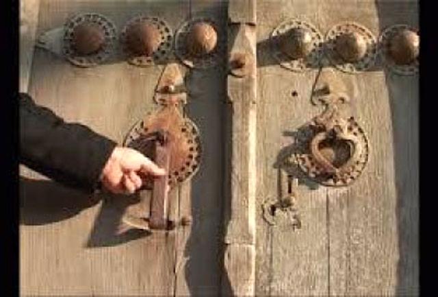 کوبیدن در هفت مسجد در پایان ماه صفر حاجت می دهد؟