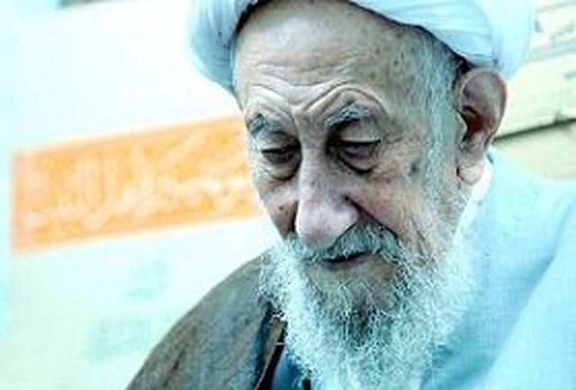 ویژگی آیت الله یحیی انصاری شیرازی عشق و ارادت کم نظیرش به بنیانگزار جمهوری اسلامی بود