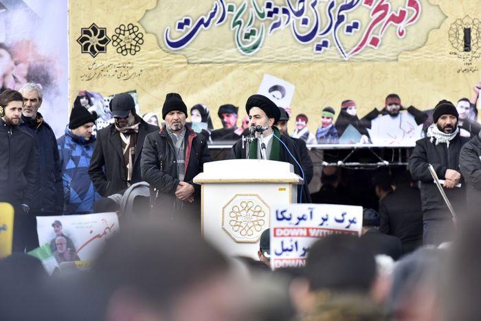 صبر و استقامت و پایداری ملت ایران مایه پیروزیهای بزرگ