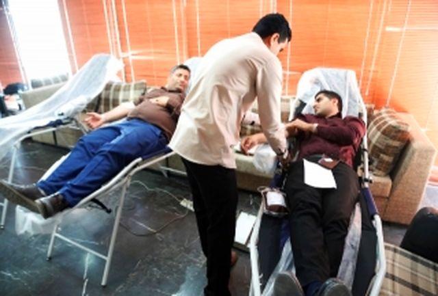 اهدا خون کارکنان شرکت آب منطقه ای هرمزگان